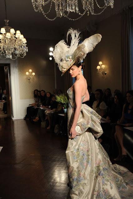 New York Bridal Market : Carolina Herrera Fall 2010 – Part 3