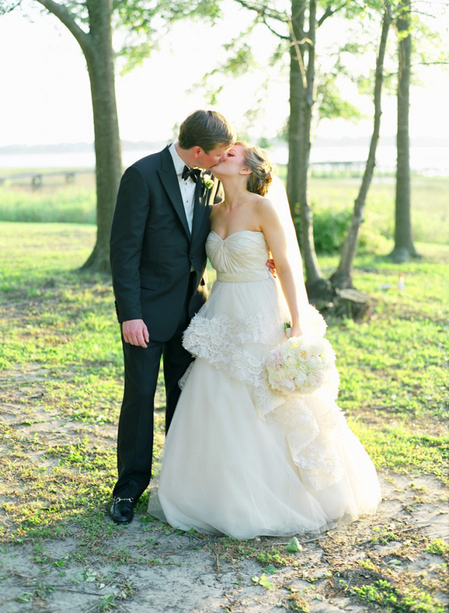 {Steal Worthy Wedding}: A Parisian Inspired Southern Affair
