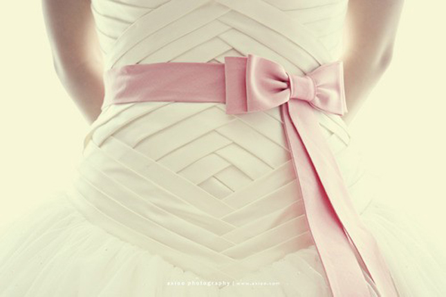 {Wedding Trends} Bow Big Or Bow Home