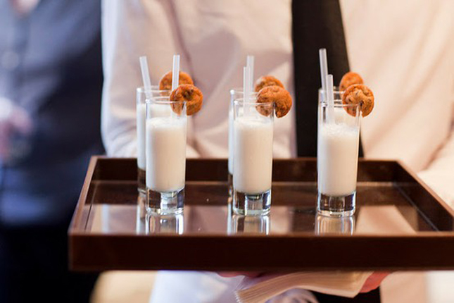 {Weddings Trends} Milk and Cookies