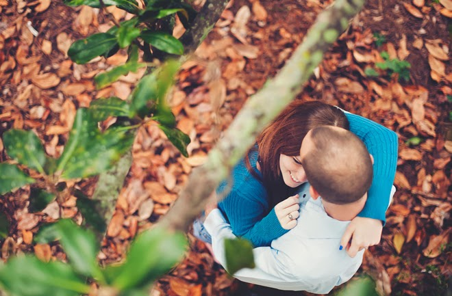 Amourous Fall Engagement Session