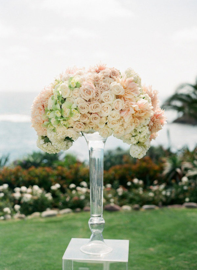 10 steal worthy flower arrangements for your wedding ceremony 10 steal worthy flower arrangements for your wedding ceremony belle the magazine junglespirit Images