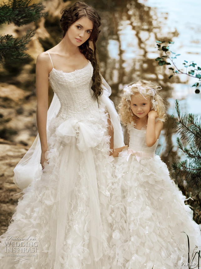 Bridal Gowns With Flowers : Matching flower girl dresses to bridal gowns belle the