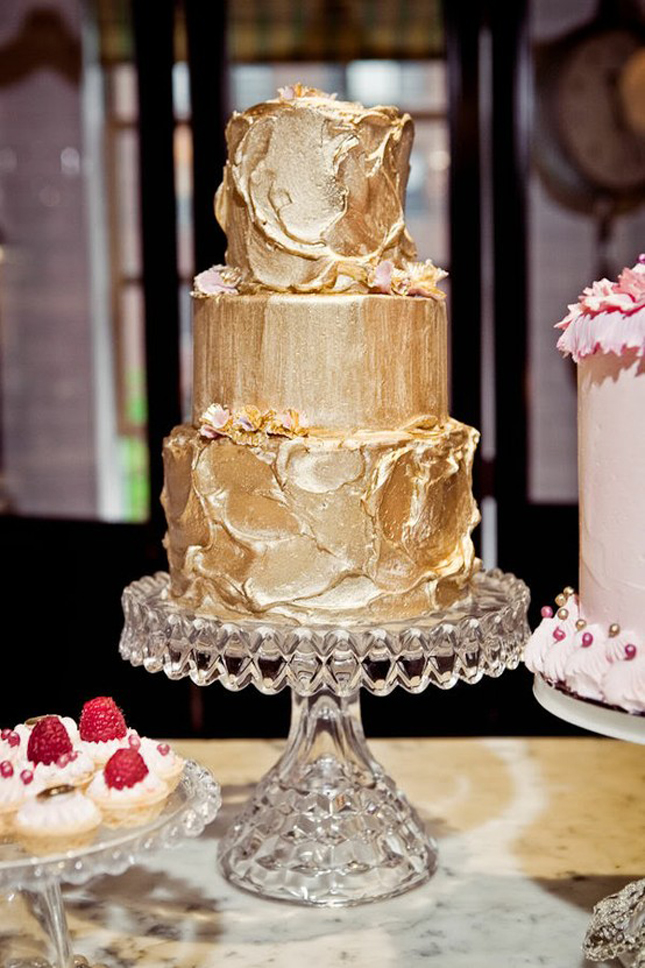 Metallic Wedding Cakes – Part 1