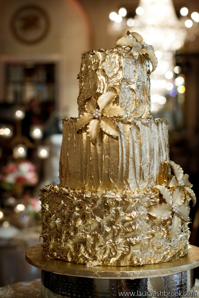 wedding cake pinterest gold wedding cakes the magazine 23468