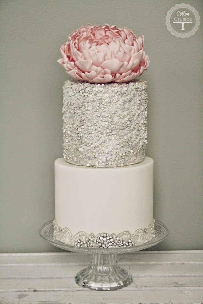 Wedding Trends : Metallic Cakes