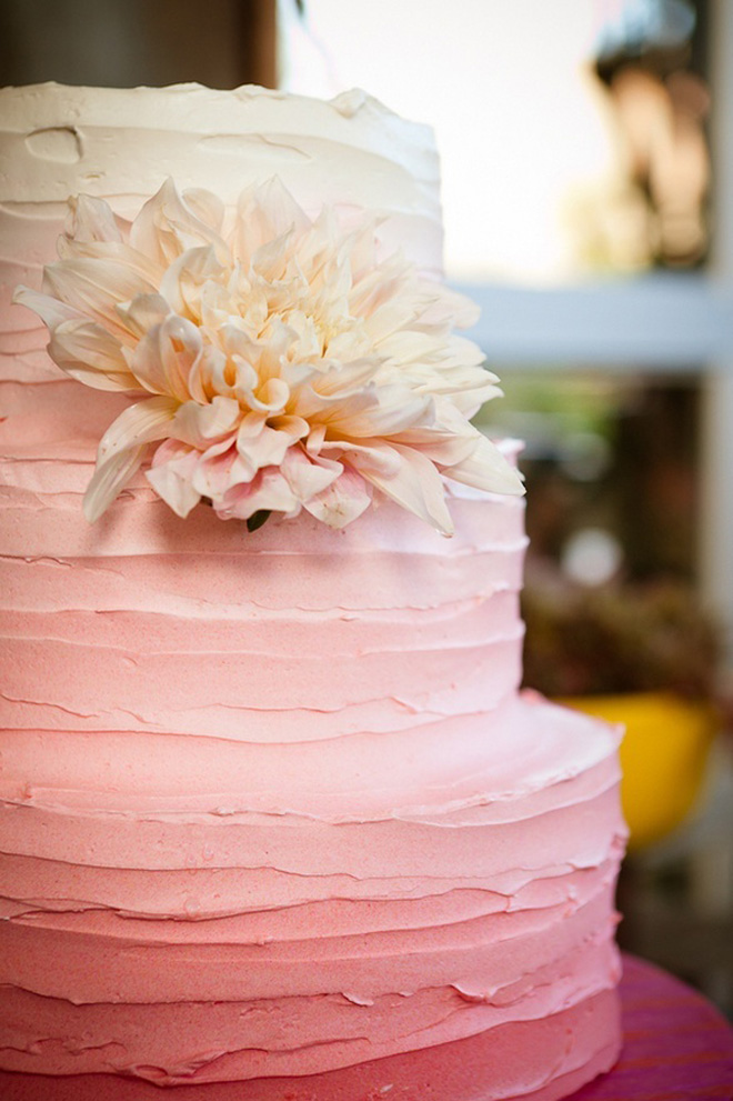 fabulous wedding cake stands 12 fabulous ombre wedding cakes the magazine 3965