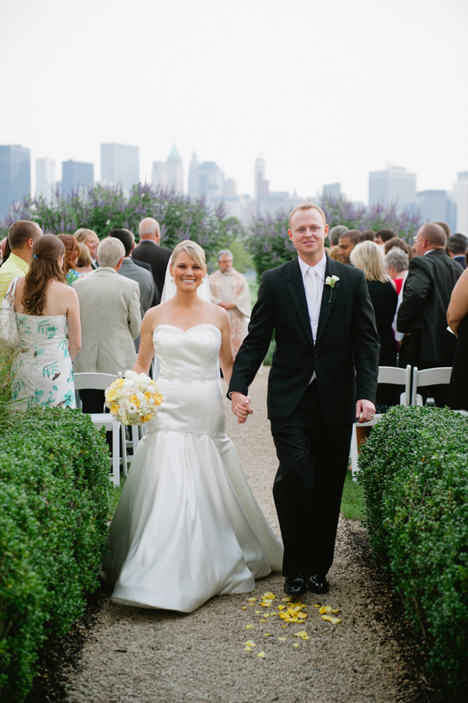 Sophisticated + Contemporary NYC Skyline Wedding