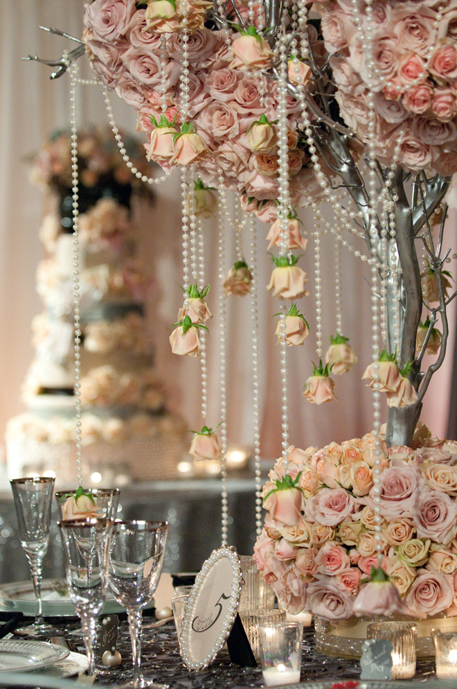 25 stunning wedding centerpieces part 11 belle the magazine etc any of the previous ten collections are pack jam with super stunning floral arrangements look for all the links at the end of this gallery junglespirit Image collections