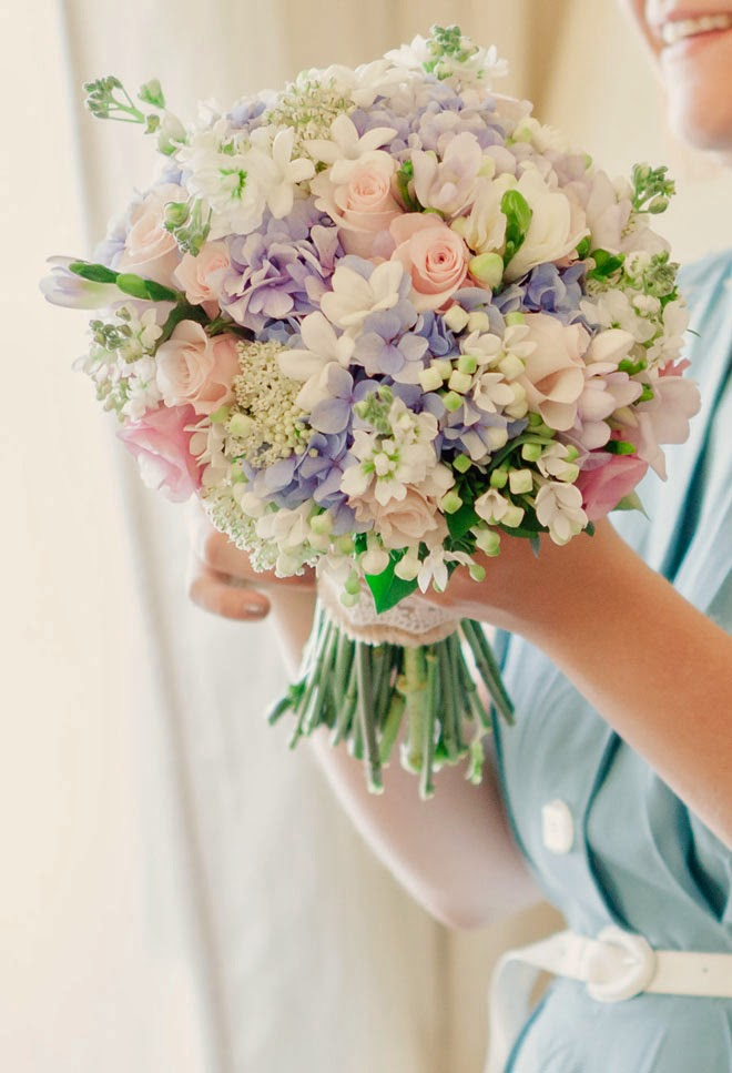 12 Stunning Wedding Bouquets – 27th Edition