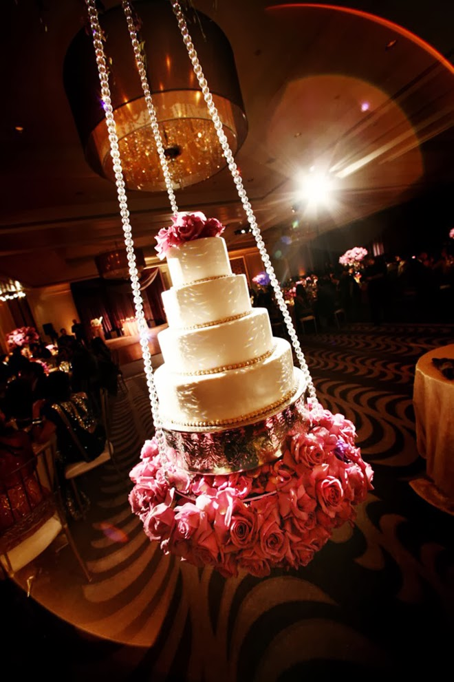 Fabulous Wedding Cake Table Ideas Using Flowers Belle The Magazine