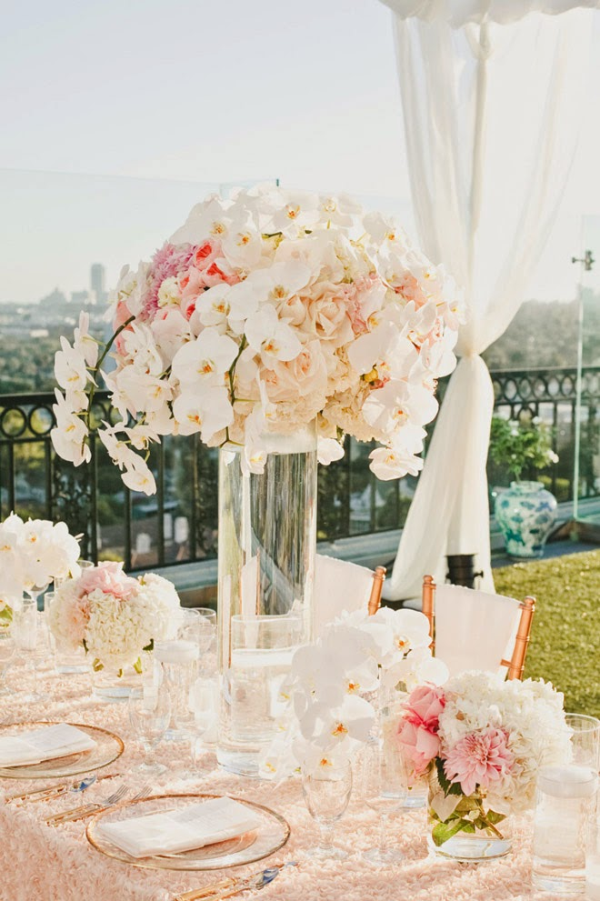 12 Stunning Wedding Centerpieces – 26th Edition
