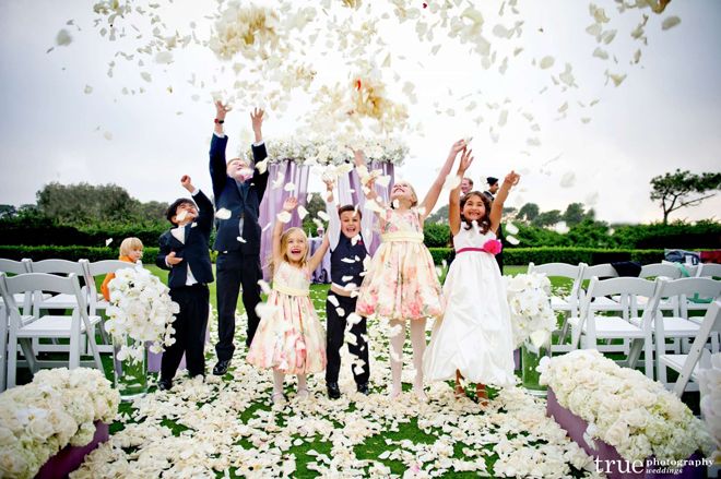 Ideas For A Fun Wedding: Wedding Ceremony Flowers