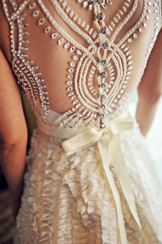 Dress of the Week + Bridal Style Inspiration – Veluz Reyez