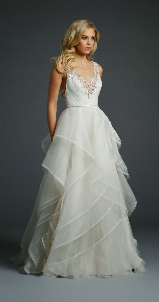 Alvina valenta fall 2014 bridal collection belle the for Belle style wedding dress