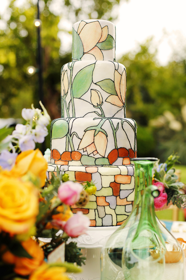 {Wedding Trends} : Hand-Painted Cakes