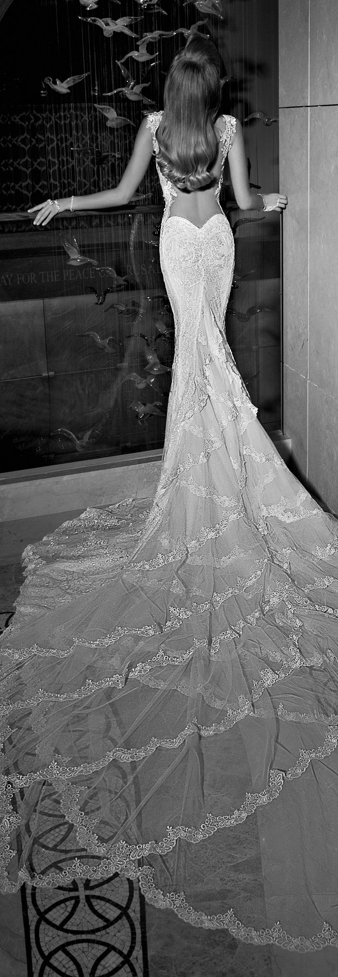 Galia-lahav-Tales-of-the-Jazz-Age-bridal-collection-Madison Back