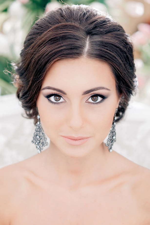 Wedding hairstyle and makeup inspiration