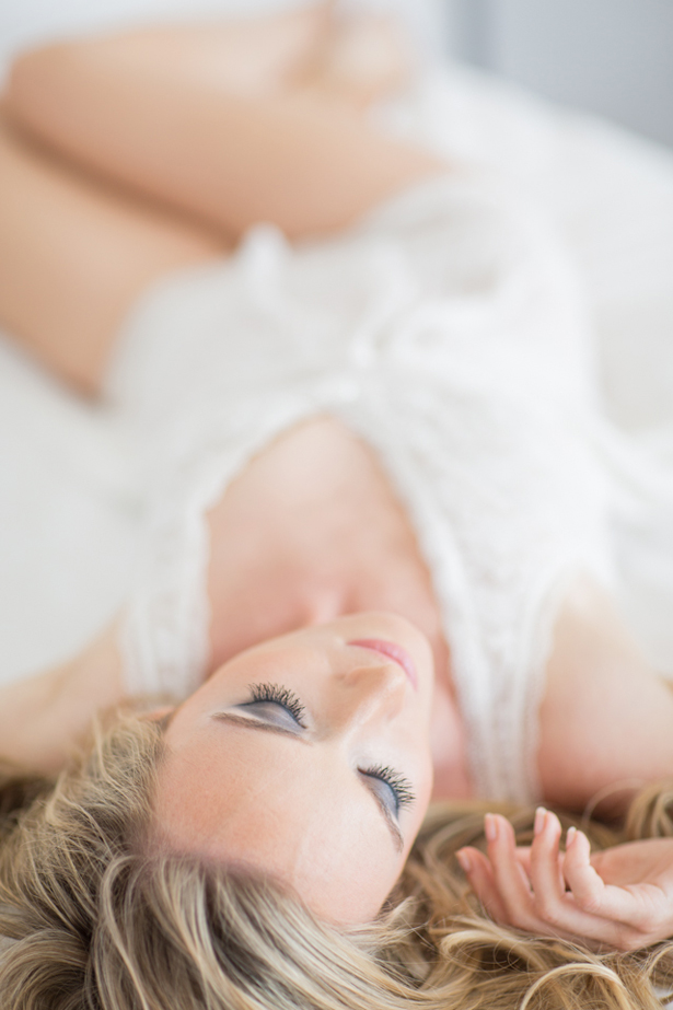 Glamorous and Feminine Boudoir Session