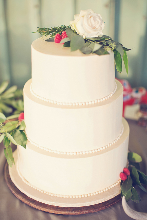 Organic + Rustic Wedding Cake