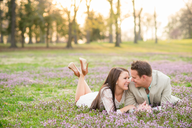 Love in bloom! A Springtime Engagement Session