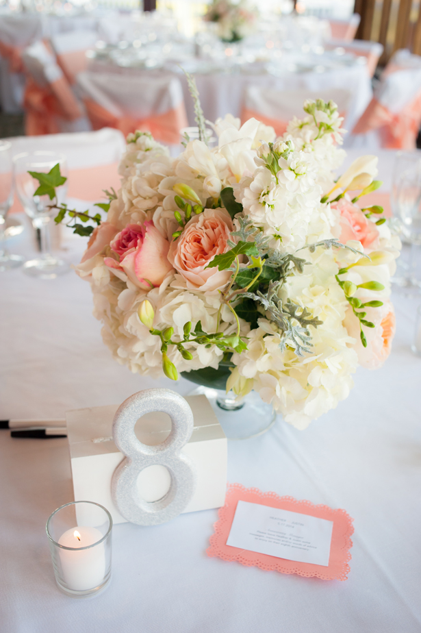 A Lively Timeless Wedding To Celebrate Spring Belle The Magazine