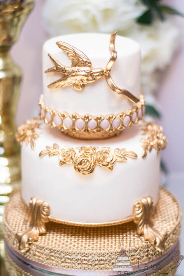 stunning wedding cake 15 stunning metallic wedding cakes the magazine 20549