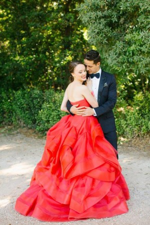A crimson red wedding dress to remember belle the magazine for Red wedding dress vera wang