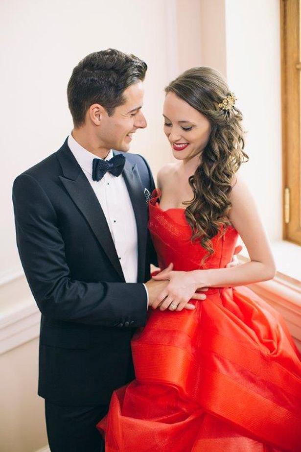 A Red Painted Destination Wedding in Greece
