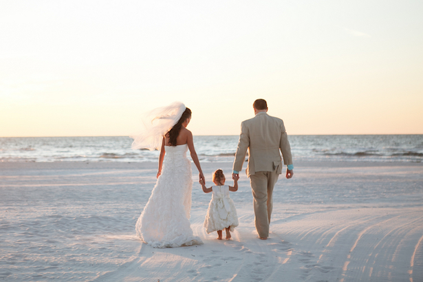 A Tiffany Blue Beach Wedding