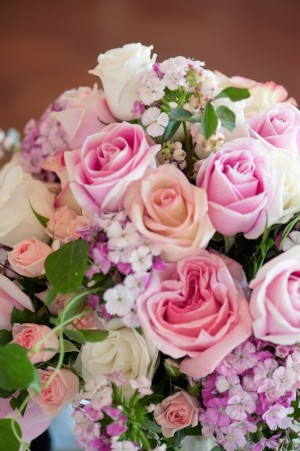 Pink Roses Centerpiece  ~  Jill Lauren Photography