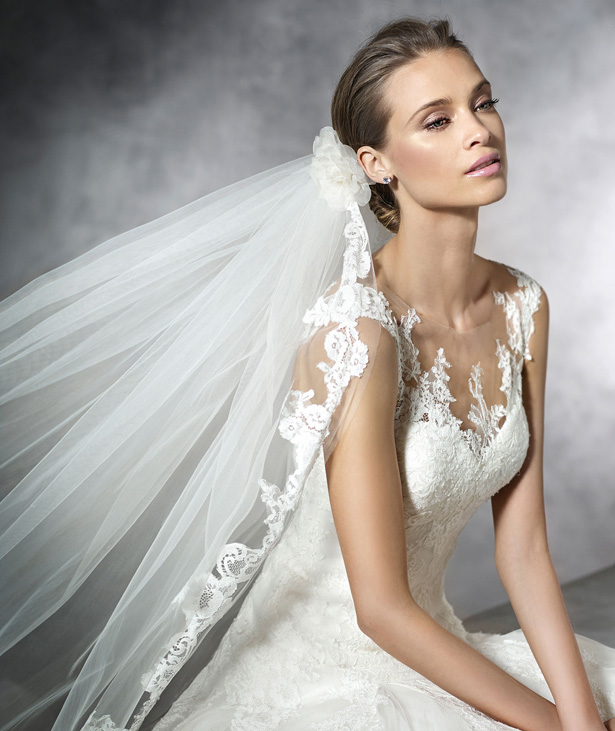 pronovias-2016-wedding-dresses-PRAMOLA_D