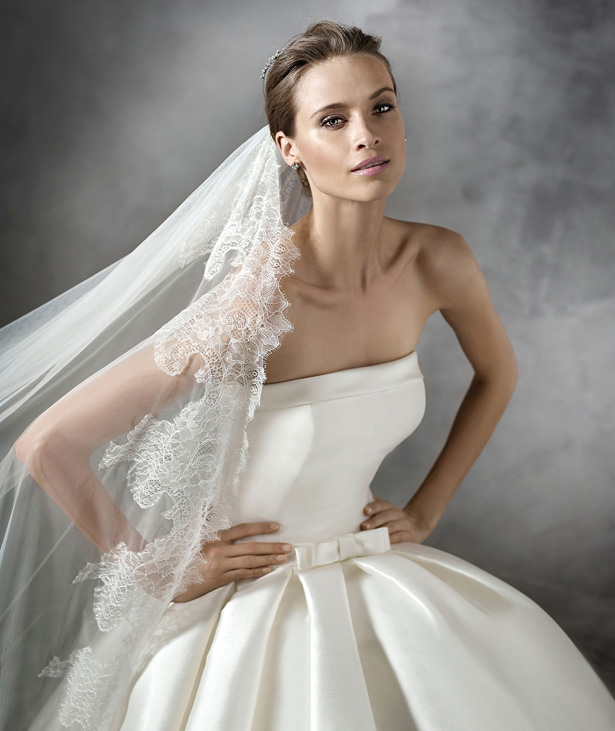 pronovias-2016-wedding-dresses-PRIANNA_D-2