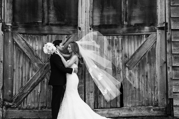 Timeless Wedding by Caitlinn Mahar-Daniels Photography