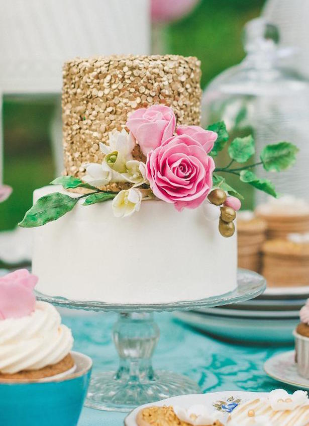Wedding Trends : Sequin Cakes