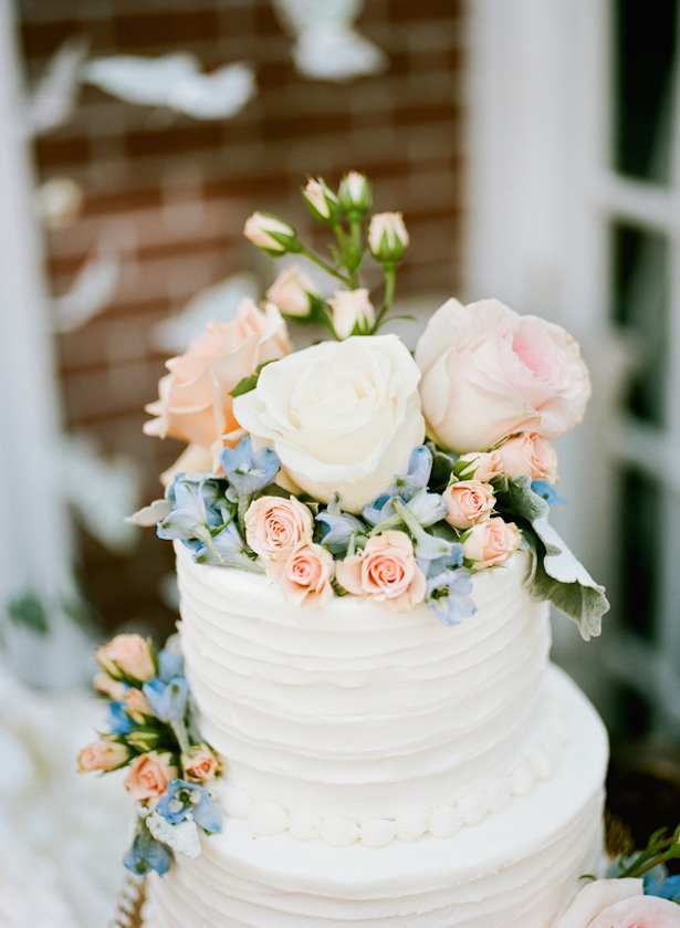 Wedding Cke Flowers  ~ Keepsake Memories Photography