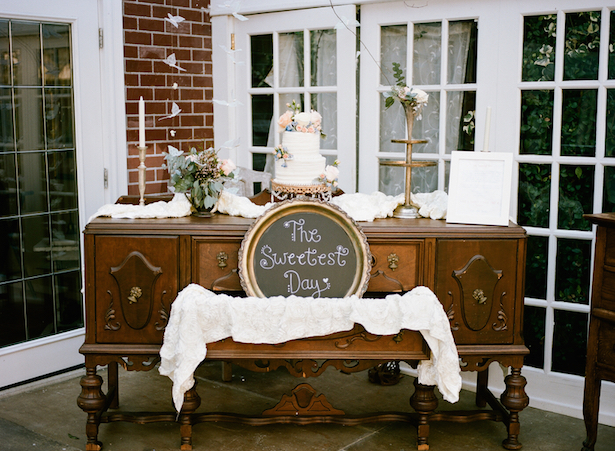 Vintage Wedding Cake Tables