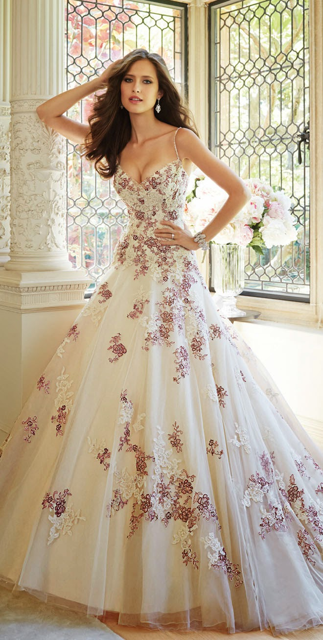 0a82f5697b8 Best Wedding Dresses of 2014 - Belle The Magazine