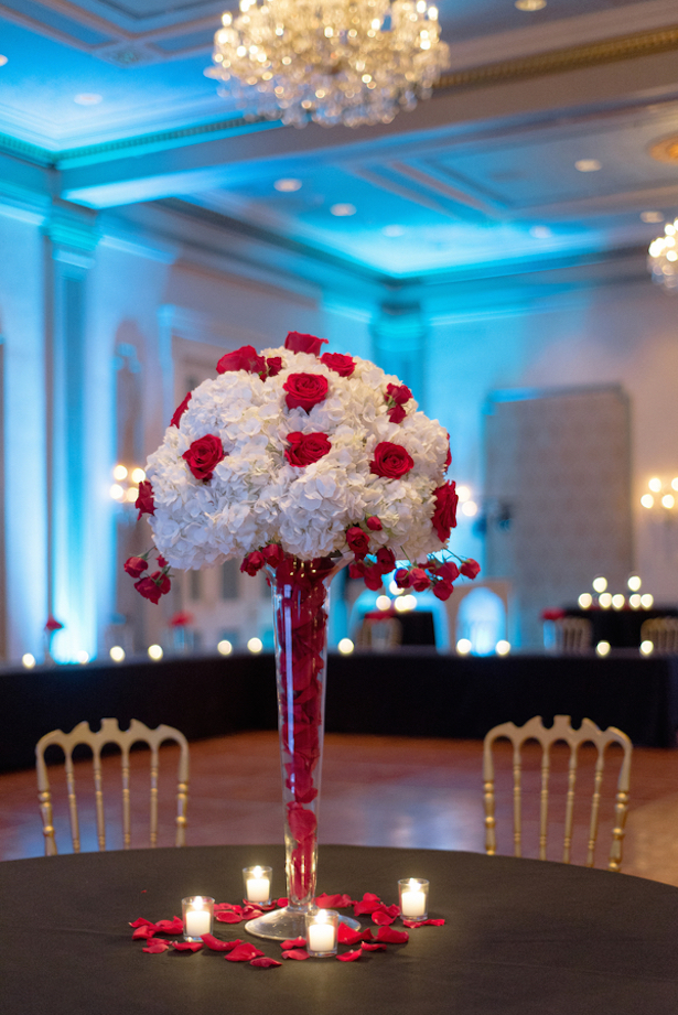 red-rose-wedding-centerpiece