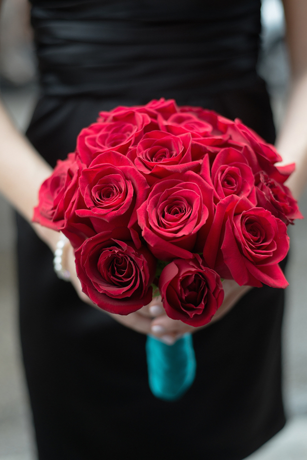 Red Roses Wedding Bouquet - Arte De Vie Photography