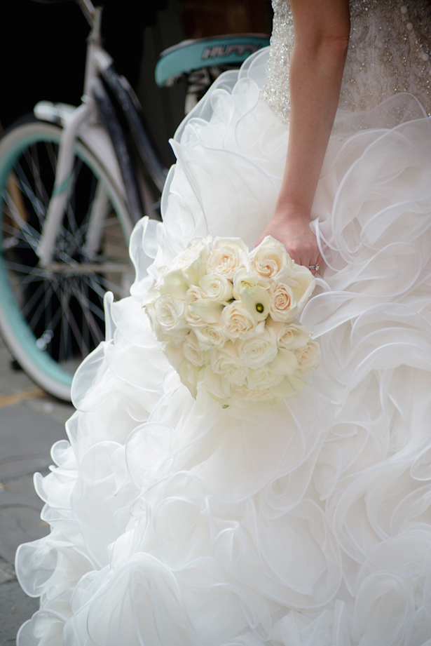 Bridal Bouquets New Orleans : White wedding bouquet arte de vie photography belle