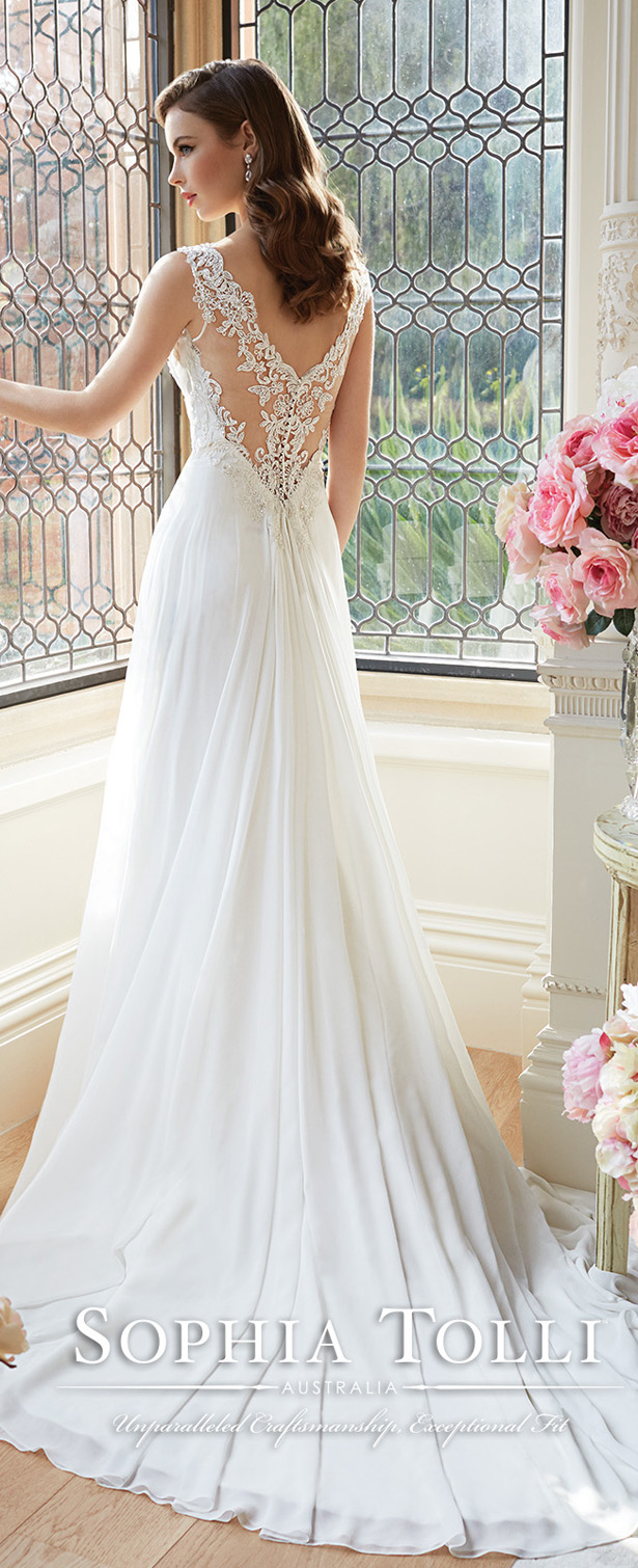 Sophia tolli spring 2016 belle the magazine sophia tolli spring 2016 wedding dress ombrellifo Image collections