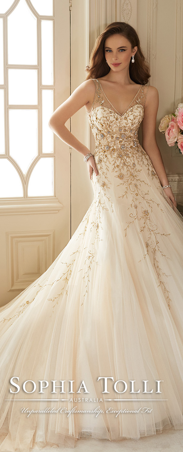 Sophia tolli spring 2016 belle the magazine sophia tolli spring 2016 wedding dress junglespirit Gallery