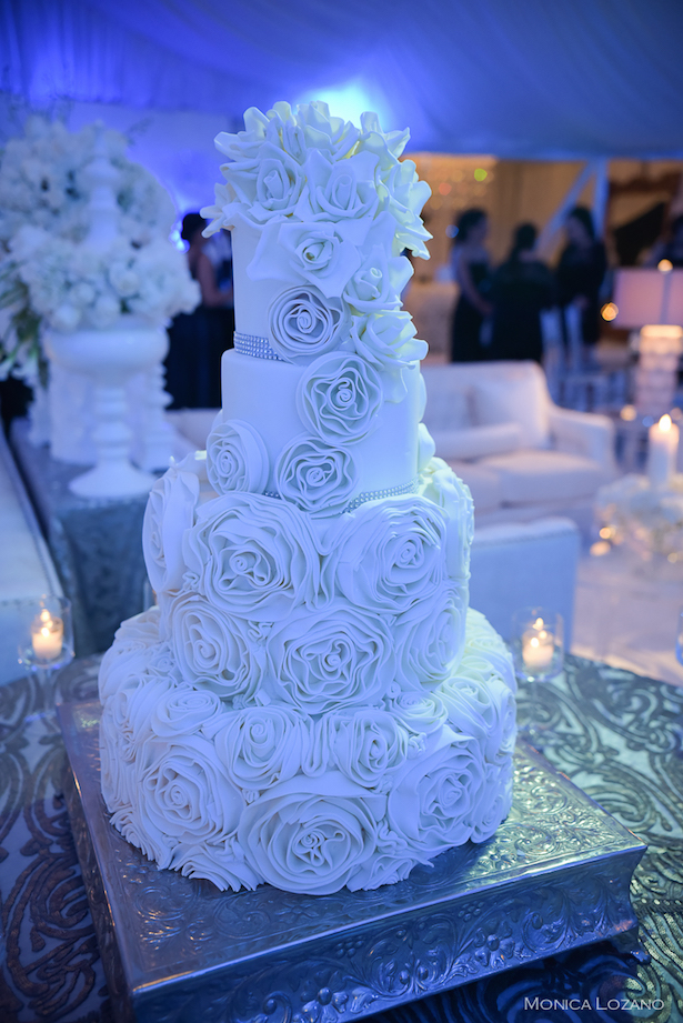 Glamorous Wedding Cake - Occasio Productions #BTMVendor and Monica Lozano Photography
