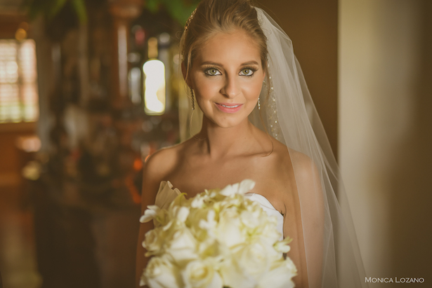 Sophisticated Bride - Occasio Productions #BTMVendor and Monica Lozano Photography