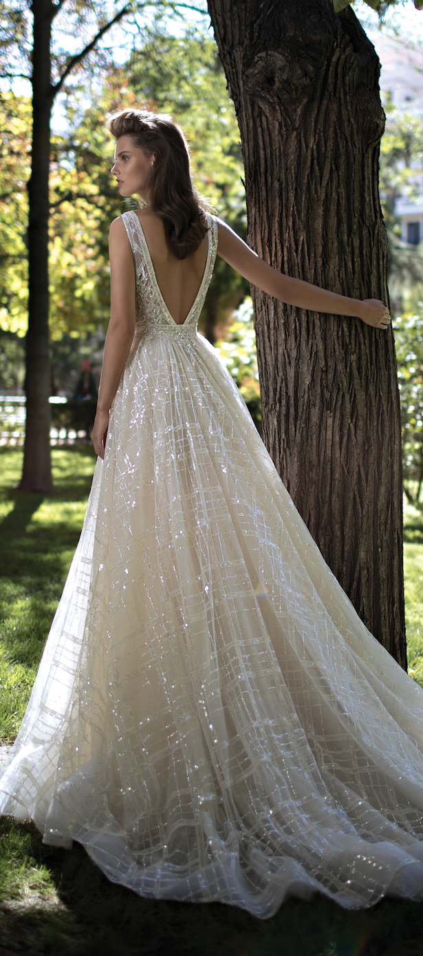 Berta bridal spring 2016 collection part 1 belle the for Very sparkly wedding dresses