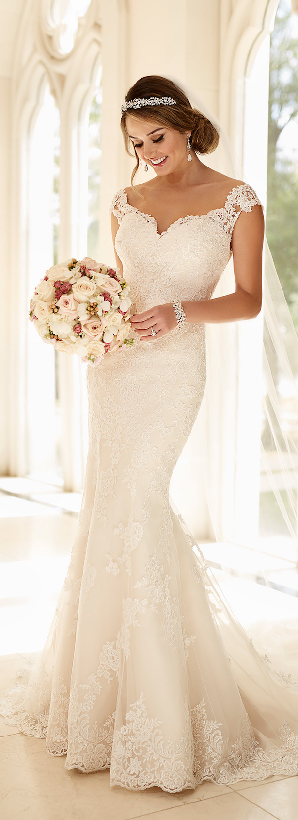 42fff8b865 Stella York Spring 2016 Bridal Collection - Belle The Magazine