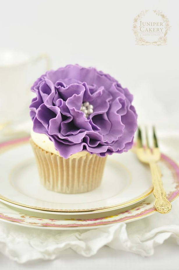 Wedding Cupcakes with Sugar Flowers