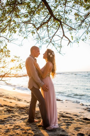 Beach wedding photo ideas - Madison Baltodano Photography