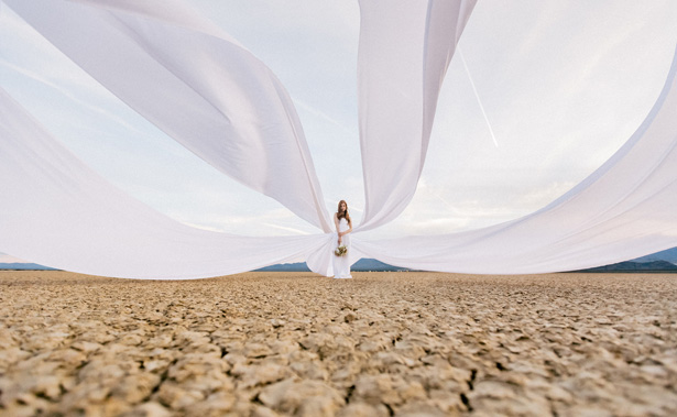 Beautiful desert bride - Rewind Photography